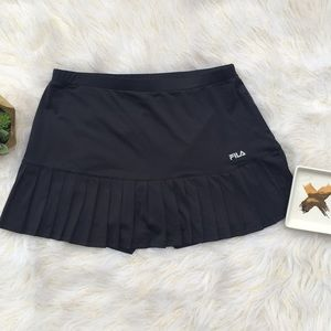 EUC FILA Black Ruffle Tennis Skirt